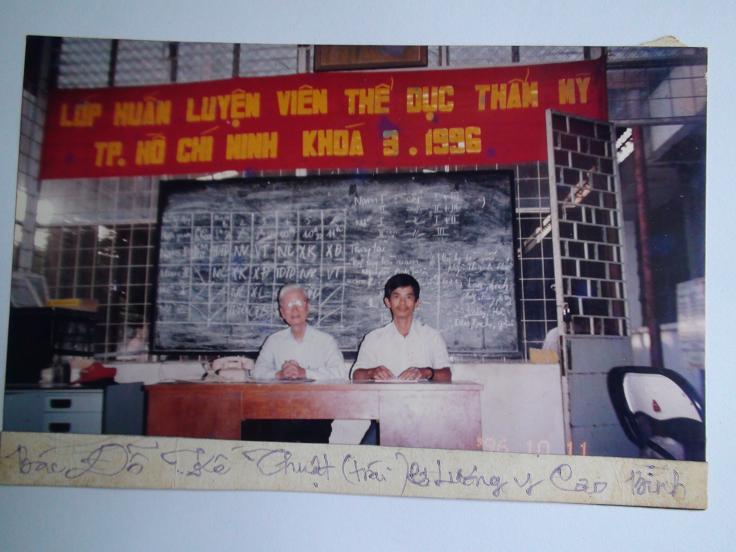 LY Phan Cao Bình đào tạo lớp huấn luyện viên thể dục thẩm mỹ tại TPHCM, khóa 3 năm 1996
