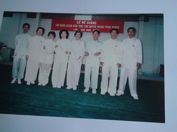 Lương Y Phan Cao Bình và đội huấn luyện viên Thái cực quyền Wushu đầu tiên tại TPHCM